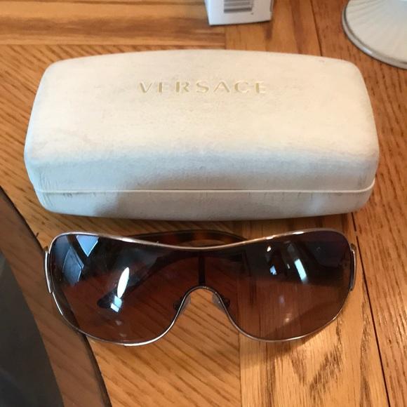 255e303ec5f0 Versace shield tortoise brown sunglasses.